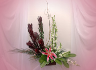 Contemporary Designs from Rick Anthony's Flower Shoppe in Lansing and Holt, MI